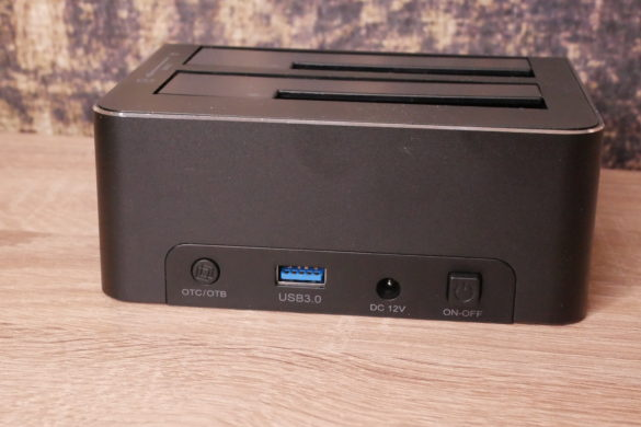 USB 3.0 zu SATA Festplatten-Dockingstationen im Vergleich 14
