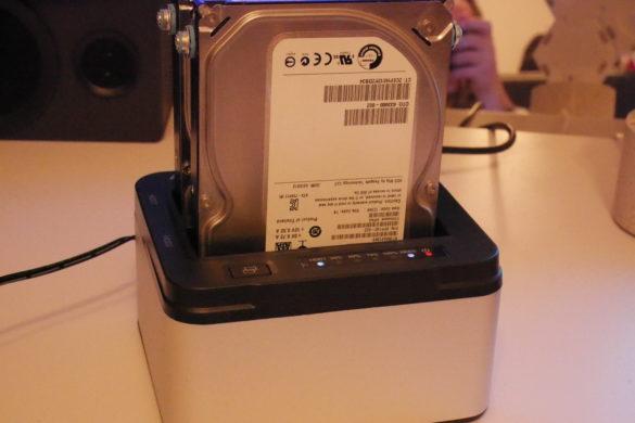 USB 3.0 zu SATA Festplatten-Dockingstationen im Vergleich 27