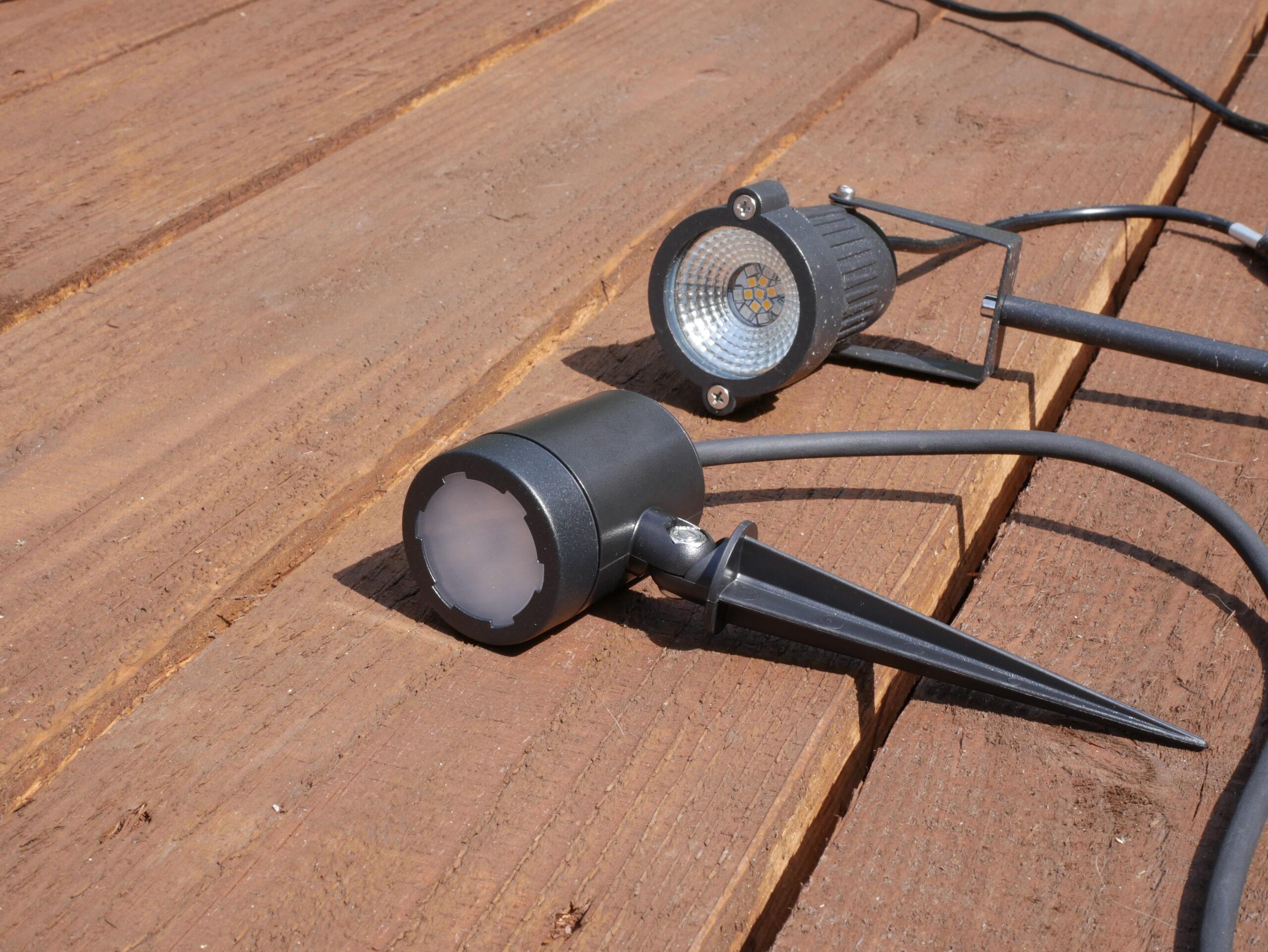 tint von Müller-Licht - Smarte LED Gartenspots Flores im Test 34